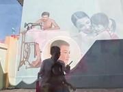 Les fresques embellissent les villages vietnamiens