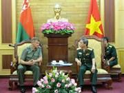 Les armées du Vietnam et de Biélorussie coopèrent dans le secteur des communications