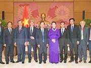 La présidente de l'Assemblée nationale reçoit des hôtes laotiens