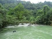 Mooc, la rivière qui jaillit des profondeurs