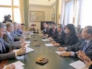 Le chef de la Commission centrale de l'Economie du PCV en visite en Russie