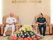 Le commandant de la flotte américaine du Pacifique en visite au Vietnam