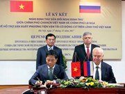 Vietnam - Russe : Signature d'un protocole sur la fabrication de véhicules à moteur