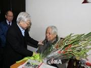 Voeux pour le 102ème anniversaire de l'ancien secrétaire général du Parti Do Muoi
