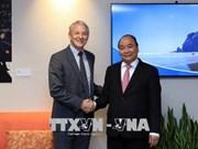 Le Premier ministre Nguyen Xuan Phuc rencontre le maire d'Auckland
