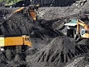 Vinacomin espère extraire 9,45 millions de tonnes de charbon brut au deuxième trimestre