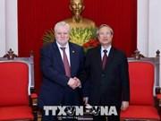 """Tran Quoc Vuong reçoit la délégation du Parti """"Russie Juste"""""""