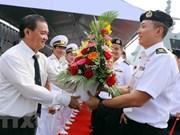 Un destroyer de la Marine singapourienne en visite à Da Nang