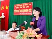 Des dirigeants du Parti et de l'Etat rencontrent des électeurs