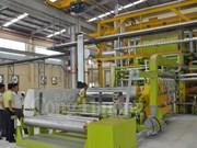 Inauguration d'une usine de produits plastiques de 32 millions de dollars à Long An
