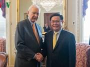 Le vice-PM Vuong Dinh Hue rencontre le président pro tempore du Sénat américain