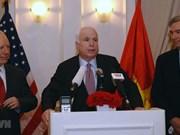 L'ambassade américaine ouvre un livre de condoléances pour le sénateur McCain