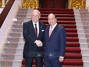 Le PM reçoit le conseiller spécial de l'Alliance parlementaire d'amitié Japon-Vietnam