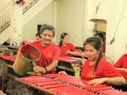 Châu Dôc : Fabrication de chandelles, un métier inoubliable