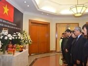 La cérémonie funéraire du président Tran Dai Quang à l'étranger