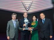 Vinfast reçoit un prix d'Autobest lors du salon automobile de Paris