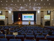 Étudiants vietnamiens en séminaire pour l'innovation sociale