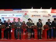 Ouverture d'une série de salons sur la technologie et des solutions de production à HCM-V