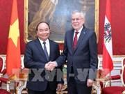 Le PM Nguyen Xuan Phuc venu saluer le président autrichien