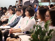 Une centaine d'étudiants participent au projet « Parlement des jeunes vietnamiens »
