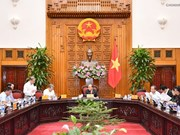 Nguyên Xuân Phuc travaille avec des responsables de Thua Thiên-Hue