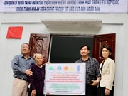 Le PNUD remet une centaine de maisons résistantes aux crues à Thua Thiên-Huê