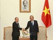 Le vice-PM Truong Hoa Binh reçoit le ministre cambodgien des Cultes et des Religions