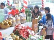 Promotion des produits agricoles et des villages de métiers de Hanoï