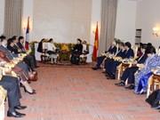 FPAP-27: la présidente de l'AN Nguyên Thi Kim Ngân rencontre son homologue laotienne Pany Yathotou