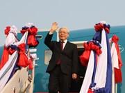 Le Secrétaire général et président Nguyen Phu Trong est arrivé à Vientiane