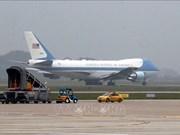 Le président américain Donald Trump quitte le Vietnam