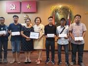 Aides aux victimes vietnamiennes dans l'accident de bus en Thaïlande