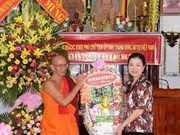 Chol Chnam Thmay : une délégation du CC du FPV se rend à Bac Lieu