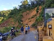 Quang Nam: 16 trouvés morts et 37 disparus après un glissement de terrain