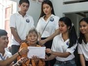 De jeunes Viet kieu visitent la province centrale de Quang Nam