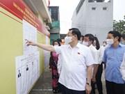 Le président de l'AN inspecte les préparatifs des élections à Tuyen Quang