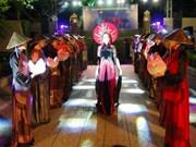 Khanh Hoa: Festival de l'ao dài « Couleur de la mer »