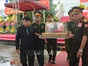 Ha Tinh : inhumation des restes des volontaires tombés au Laos