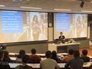 Des étudiants vietnamiens en Australie discutent des mégadonnées