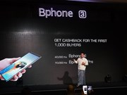 "Le smartphone ""made in Vietnam"" Bphone lancé officiellement au Myanmar"