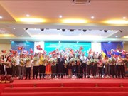 Clôture de la colonie de vacances d'été 2019 pour les jeunes Viêt kiêu