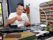 Hoang Quang fait revivre l'histoire militaire du Vietnam en maquettes