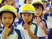 Gia Lai : atelier sur le projet «Casque de moto pour les enfants»