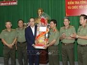 Ho Chi Minh-Ville : meilleurs vœux du Têt à des unités des forces armées et aux religieux