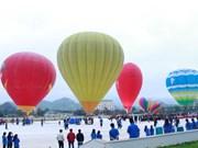 Ouverture du 2e Festival international de montgolfières de Son La