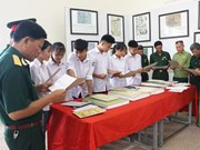 Exposition sur les archipels de Hoang Sa et Truong Sa à Hoa Binh