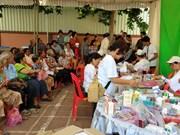 Cadeaux aux Viet kieu et habitants démunis au Cambodge