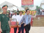 Quang Binh : inhumation des restes de 17 volontaires tombés au Laos