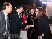 Le vice-PM Trinh Dinh Dung rencontre les représentants du corps diplomatique étranger