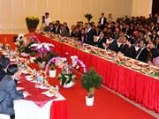 Des représentants des provinces cambodgiennes se rendent à Tay Ninh à l'occasion du Têt